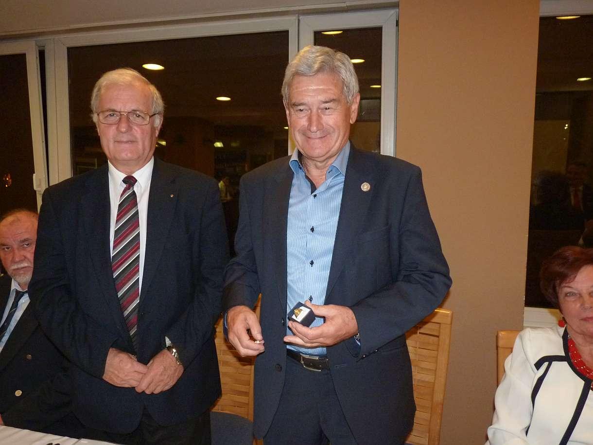 Ambassador Club Pécs - Ambassador Díj 2017. dr. Kis Endre