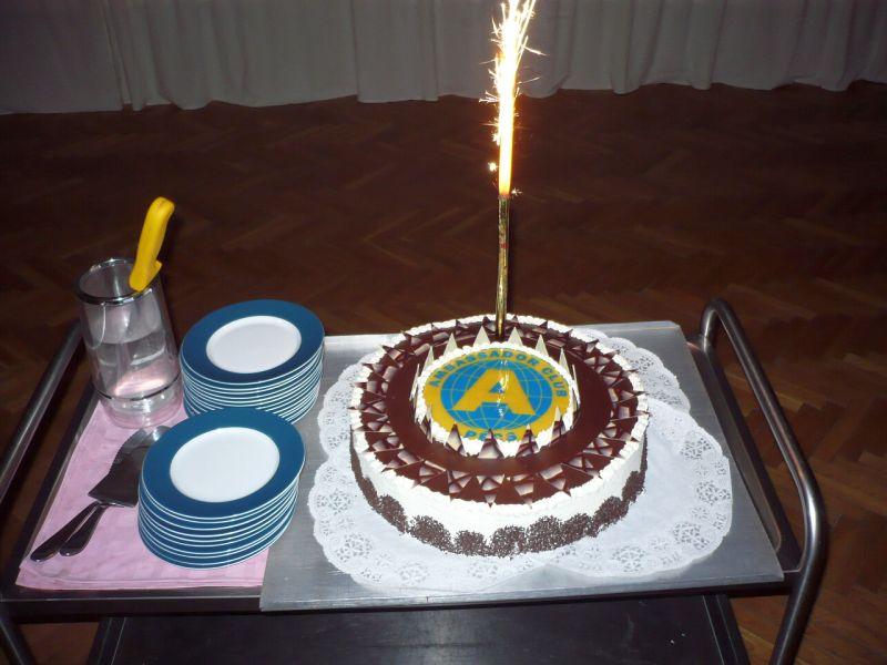 Ambassador Club Pécs 20 év - az Ambassador torta