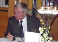AAmbassador Club Pécs 20 év - dr. Naszály Attila, a NAC Magyarország örökös tiszteletbeli elnökembassador_Club_Pecs-20-ev-2013-12-07_057_drNaszalyAttila