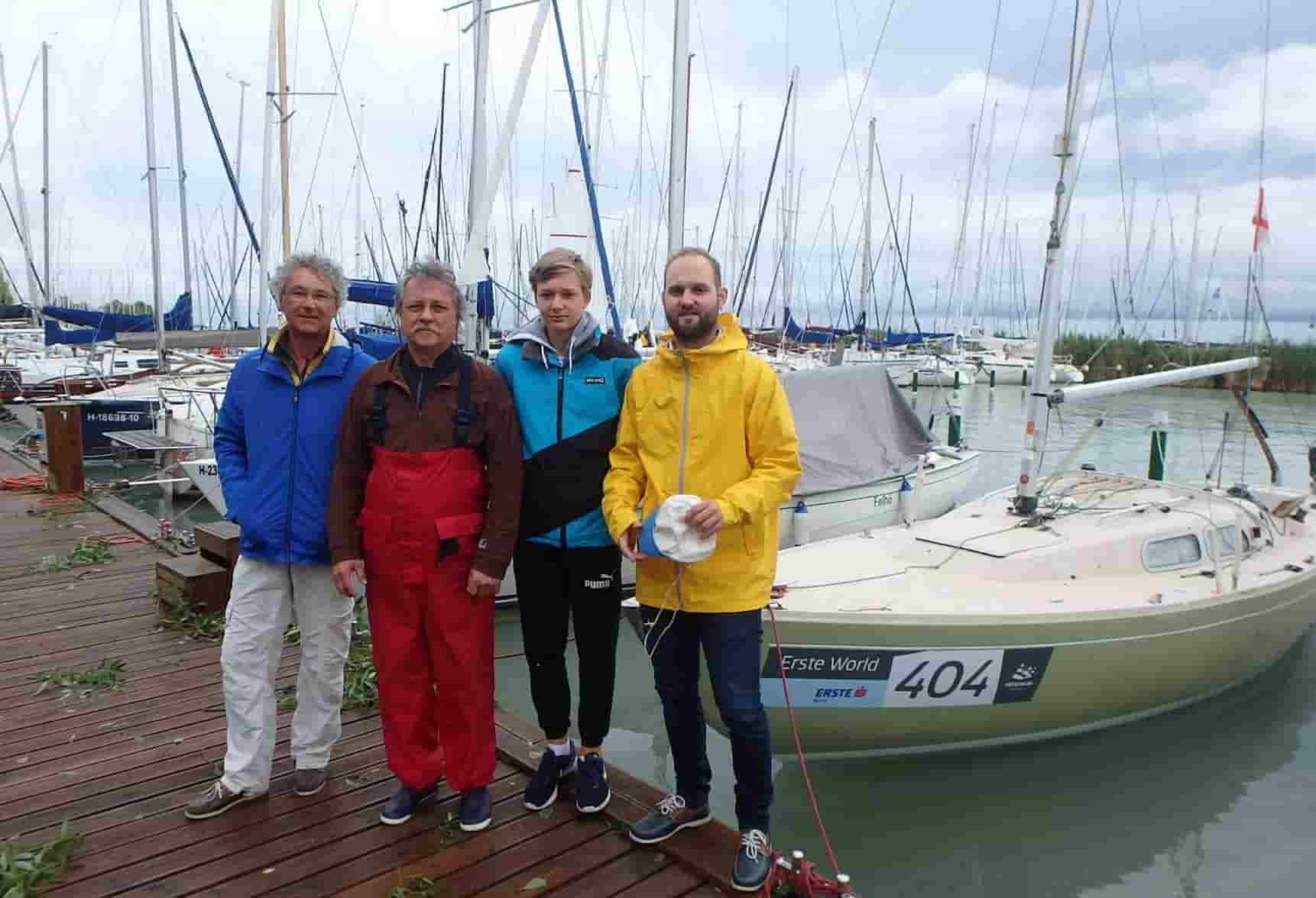 Ambassador Club Budapest - Fekete János és csapata 3. hely Folkboat osztály 2016