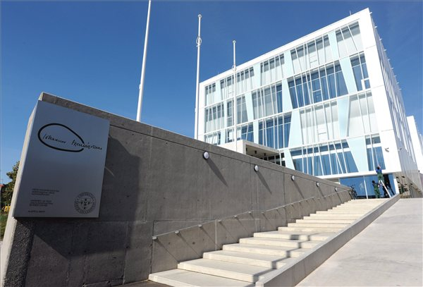 Science Building Pécs