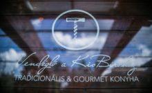 """Ambassador Club Budapest - évbúcsúztató 2017-ben a budapesti """"Vendéglő a KisBíróhoz"""" étteremben"""