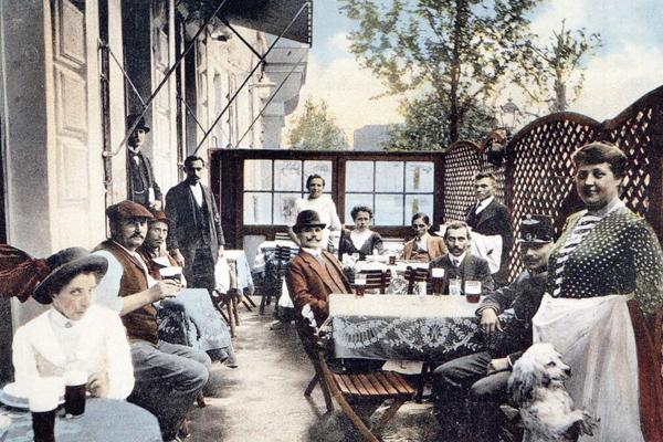 Ambassador Club Budapest - a régi Kéhli vendéglő terasza